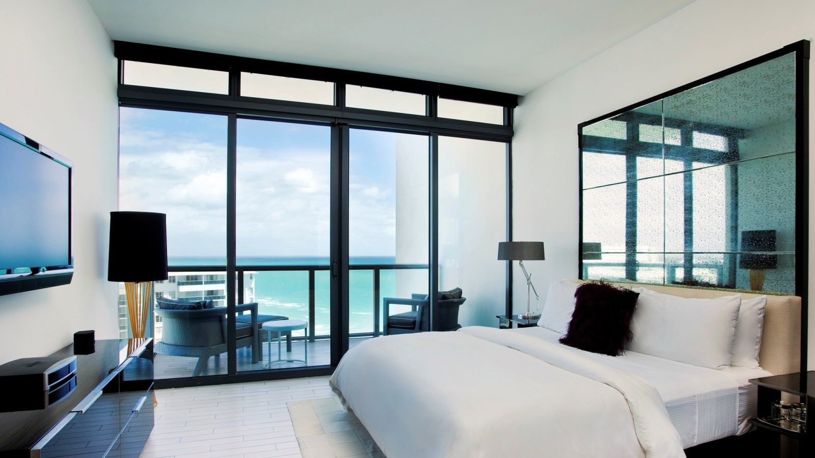 Sanctuary Ocean View Suite with balcony